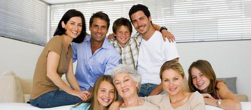 Cinq-generations-un-esprit-de-famille-decuple_imagePanoramique500_220